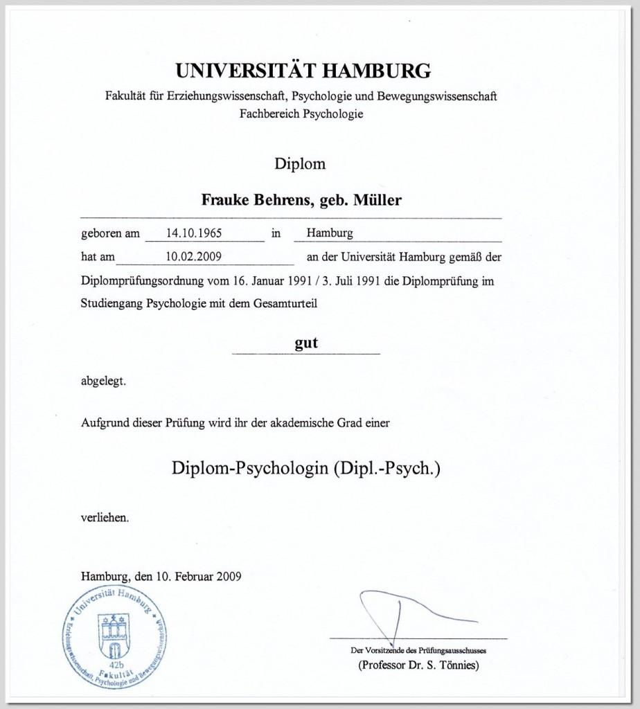 Diplom-Urkunde-Universitaet-01